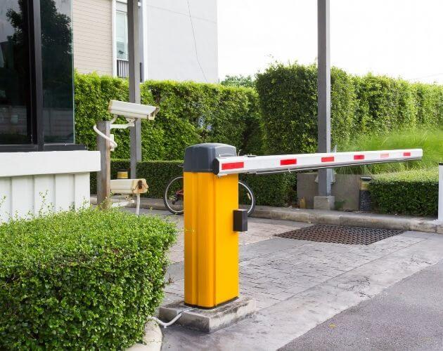 talanquera para acceso vehicular